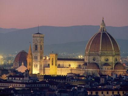 Флоренция рада всем туристам, если они рады оказаться во Флоренции // Robert Harding / Global Look Press