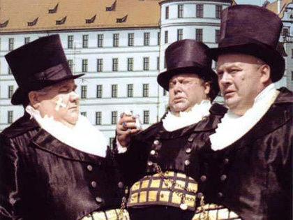 Может, и «Трех толстяков» запретить? // Кадр из фильма «Три толстяка» (1966)