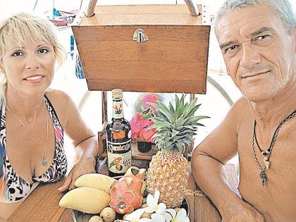 Супруги надеются, что им не придется возвращаться в Россию // Bananalist.ru