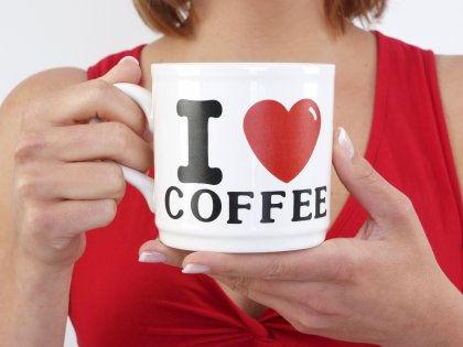 Две-три чашки кофе в день позволят жить дольше и меньше болеть // Michaela Begsteiger / Global Look Press