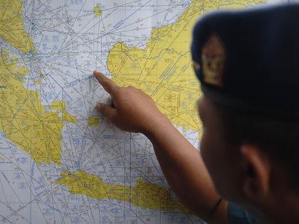 Поиски пропавшего лайнера идут уже третий день // Global Look Press