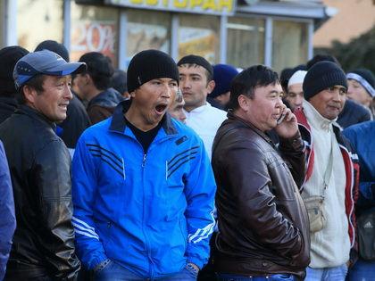 Около 3 млн иностранцев нарушают срок законного пребывания в России // Замир Усманов/ Russian Look
