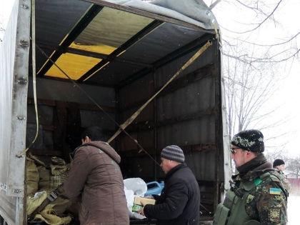 На грузовике передвигались военные 80-й аэромобильной бригады // Пресс-центр АТО