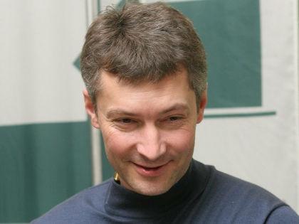 """Ройзман: """"Я Бакова в самолете не бил, а читал книжку!"""" // Russian Look"""