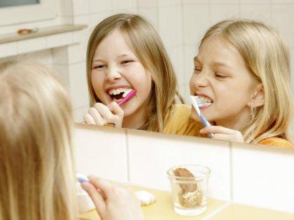 Ученые доказали, что братья и сестры положительно влияют на психику // Global Look Press
