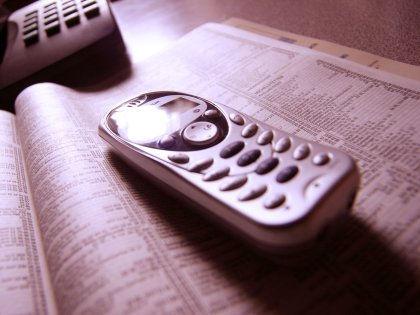 Мобильные телефоны и вышки сотовой связи не представляют угрозы для людей и экологии // Global Look Press