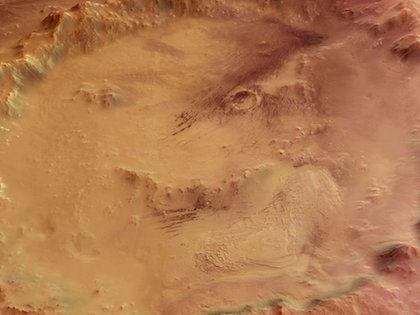 Подземные воды могли играть решающую роль на Марсе //  Global Look