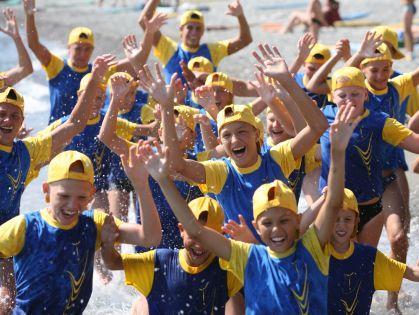 Как защитить ребенка от несчастных случаев в летнем лагере? // Геннадий Хамелиянин / Global Look Press