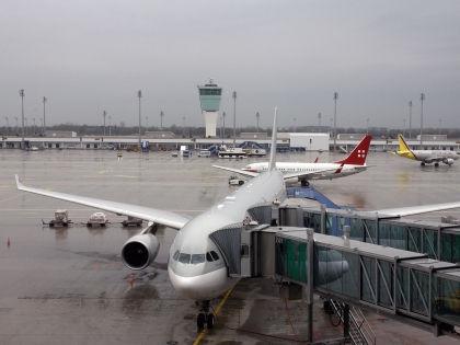Авиасообщение между Украиной и Россией спасут иностранные компании // Global Look Press