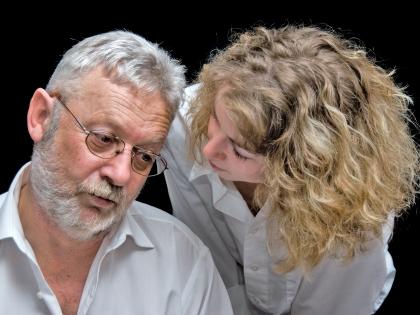 Подгоревшее мясо и нехватка витамина D могут стать причиной развития деменции // Frank Röder / CHROMORANGE / Global Look Press
