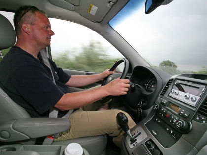 «Автозвуки» в радиорекламе создают аварийную ситуацию? // Global Look Press