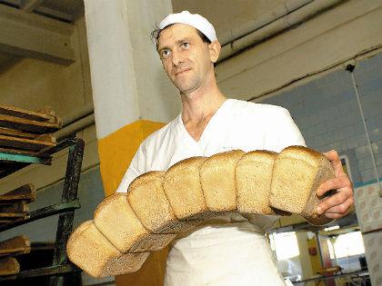 Будем ли мы сами обеспечены дешевым и качественным хлебом, макаронами и прочими плюшками? // Global Look Press