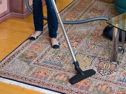 Содержащиеся в домашней пыли химикаты способствуют набору лишнего веса // CHROMORANGE / Bilderbox / Global Look Press