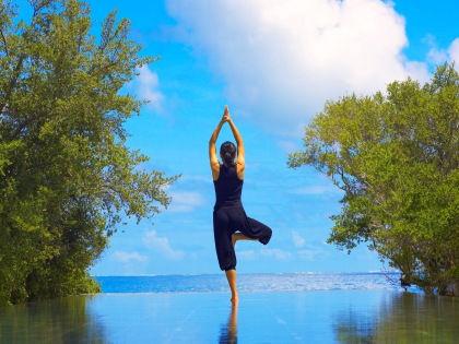 Хатха-йога улучшает работу человеческого мозга всего за 20 минут // Global Look Press
