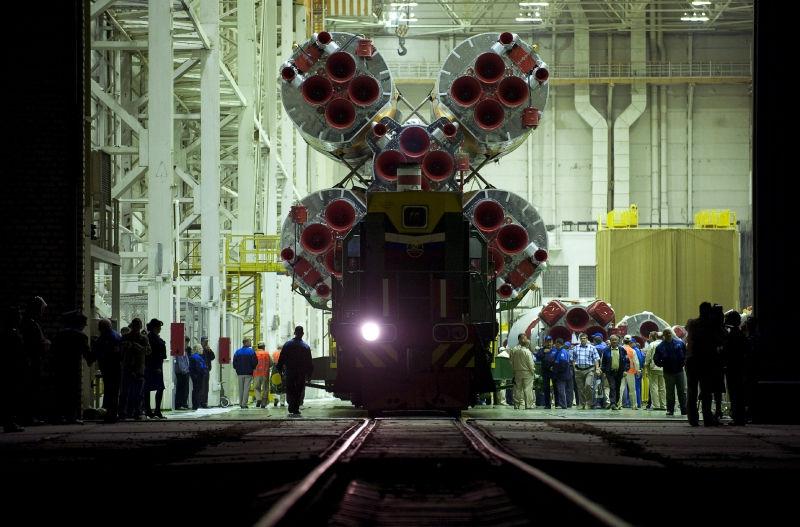 Рабочие космодрома Восточный продолжают забастовку // Global Look Press