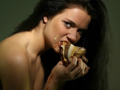 Человечество давно обнаружило, что еда может успокаивать и радовать // Global Look Press