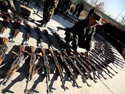 Пентагон хочет производить аналоги российского оружия в США // Global Look Press