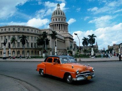 Как получить максимум впечатлений во время поездки на Кубу // Robert Harding / Global Look Press
