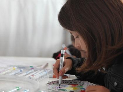 Разрешайте детям рисовать, где они хотят // Global Look Press