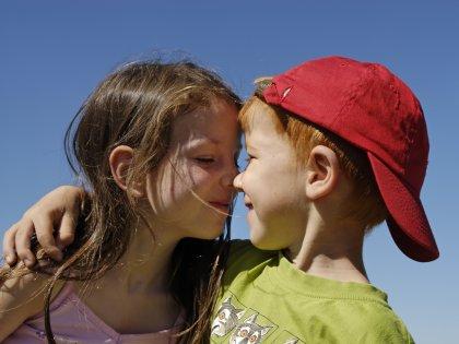 Любовь избавляет от боли, развивает сострадание и вызывает зависимость //  imagebroker/Bahnmueller / Global Look Press