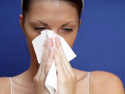 Весна – время аллергических реакций и сухости кожи // Global Look Press