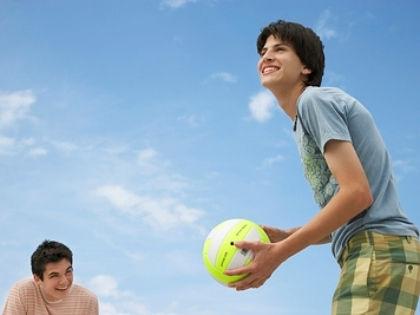 Принуждение к занятиям спортом среди подростков не дает эффекта // Global Look Press