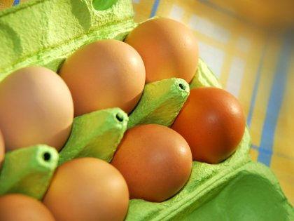 Ученые разрешили сердечникам съедать по два яйца каждый день // Global Look Press