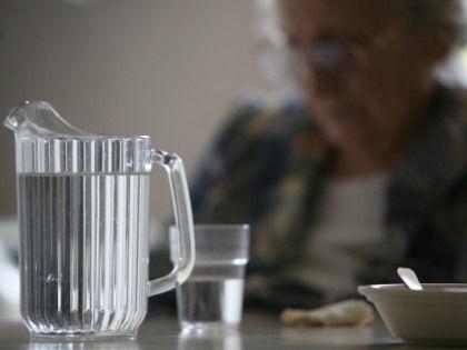 С возрастом падает способность мозга быстро самоочищаться от опасных белков // Global Look Press