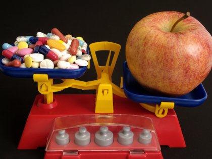 Количество витамина Е в рационе жертв ожирения признано недостаточным // Global Look Press