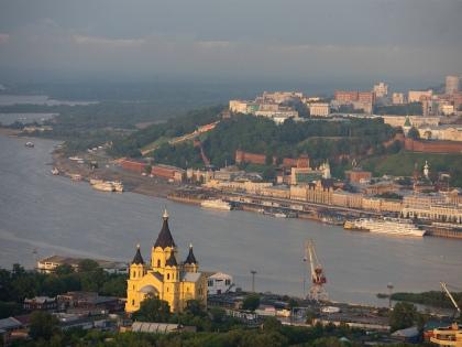 Собор Александра Невского – первое, что видишь на Стрелке // Global Look Press