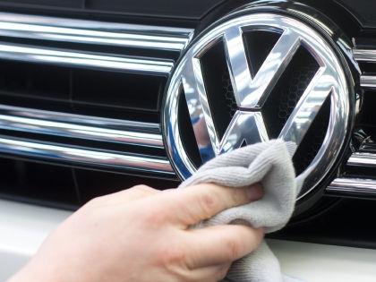 Российским владельцам машин Volkswagen приходится менять коробки передач с производственным браком за свой счет // Global Look Press