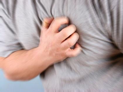 От слабого рукопожатия до болезней десен: 10 малоизвестных факторов риска болезней сердца // CHROMORANGE / Bilderbox / Global Look Press