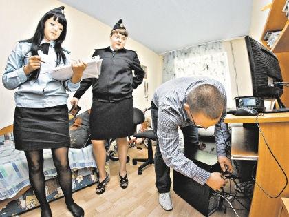 Судебные приставы умеют удивить необычными арестами // Global Look Press