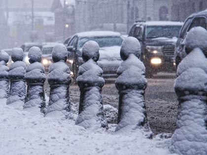 Метели в Москве могут вызвать заторы на дорогах. // Константин Кокошкин / Global look press