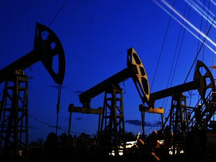 Цена на нефть может подняться до $50 за баррель в 2018 году // Николай Гынгазов / Global Look Press