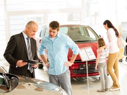 Покупка авто может стать недоступной для еще большего количества россиян // Global Look Press