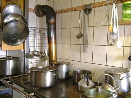 Как ни странно это прозвучит, 100-процентно безопасной посуды для здоровья человека практически не существует // Global Look Press