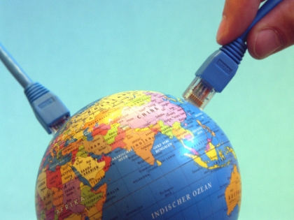 15% людей, использующих интернет, не заходят в социальные сети // Global Look Press