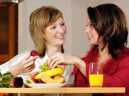 Ученые рассказали, как правильно изменить свое питание в наступающем году // CHROMORANGE / Bilderbox / Global Look Press