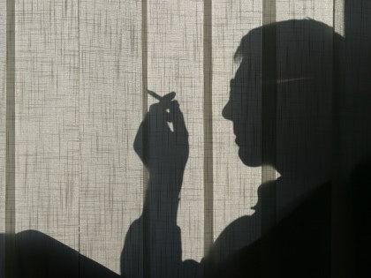 Эксперты не советуют стыдить, пугать и злить тех, кто хочет бросить курить // CHROMORANGE / Bilderbox / Global Look Press