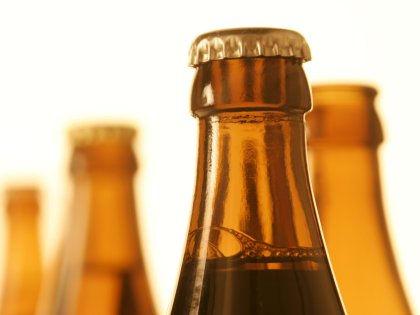 Неудачи в личной жизни могут сделать человека алкоголиком // Global Look Press
