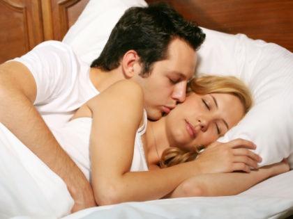 Через год после начала совместной жизни сексуальное удовлетворение партнеров снижается // CHROMORANGE / Bilderbox / Global Look Press