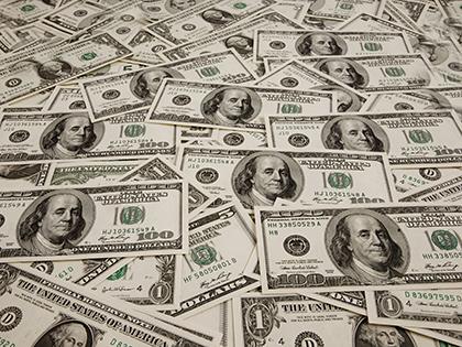 В квартире Дмитрия Захарченко нашли 123 миллиона долларов // Global Look Press