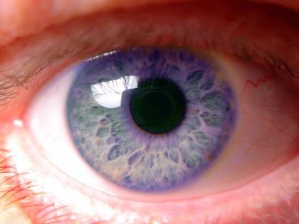 Ранняя менопауза и курение способны вызвать потерю зрения // CHROMORANGE / Bilderbox / Global Look Press