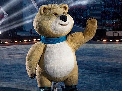 Медведь на открытии Олимпиады в Сочи (2014) // Global Look Press