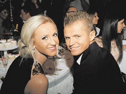Ольга Бузова и Дмитрий Тарасов // Global Look Press