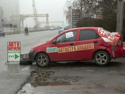 Автоюристов, которые добиваются выплат от «страховщиков» через суды, называют «криминальными» // Николай Гынгазов / Global Look Press