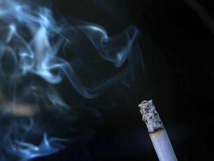 Ученые назвали бездымный табак еще более опасным для здоровья // Global Look Press