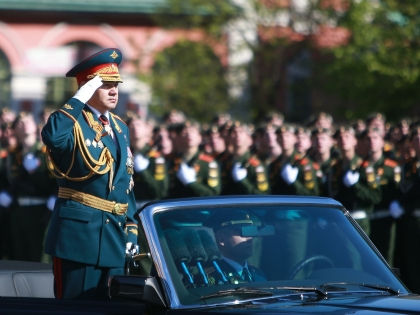 «Сравнивать вооруженные силы США и РФ – все равно что сравнивать яблоки с апельсинами» // Дмитрий Голубович / Global Look Press