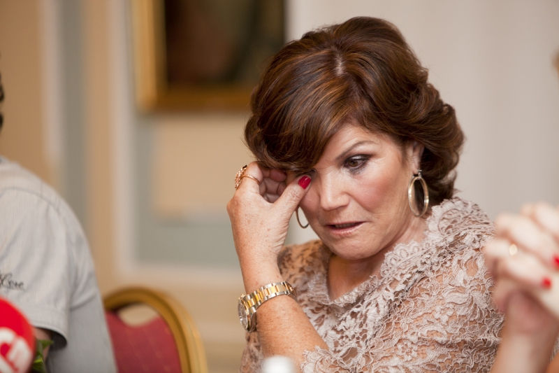 Мама Криштиану Роналду осталась без 45 тысяч евро // Global Look Press